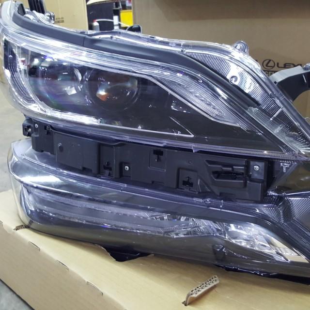 Vellfire headlight, Car Accessories on Carousell