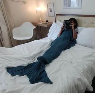 MERMAID TAIL BLANKET - LAKE BLUE