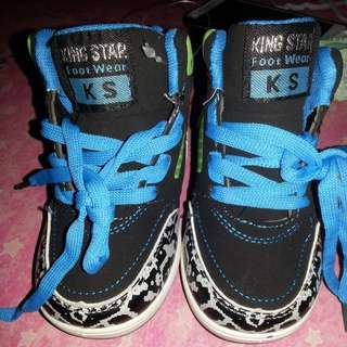 King star shoes Brand new not use 2-3 y'old size:27