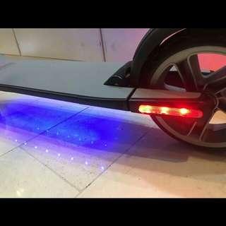Segway電動滑板車