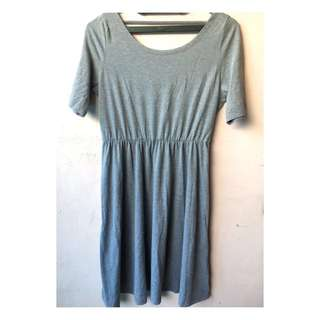 basic dress grey