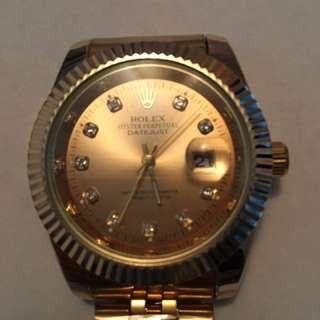Gold Rolex watch 1:1