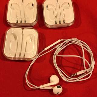 GENUINE Apple EarPods with 3.5 mm Headphone Plug with built-in remote  [one sold, 2 available]