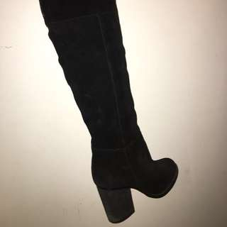 Le Chateau Over the Knee Black Suede Boots