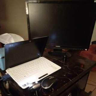 華碩十吋雙核1GB,小筆電,奇美二十二吋螢幕,監視鏡頭,滑鼠鍵盤