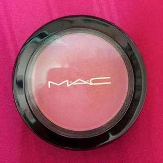 Mac - Powder Blush ( I'M THE ONE ) - 100% authentic