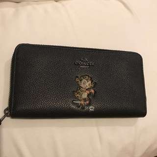 COACH WALLET - BRAND NEW