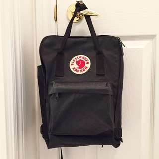 "Fjallraven Kanken Laptop 13"" (Graphite Black)"