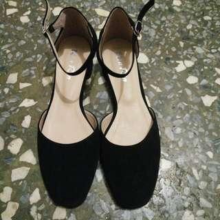 二手~涼鞋