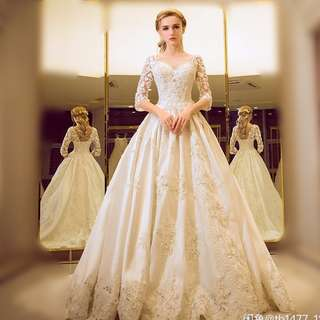 90% New Elegant wedding gown with nice crystal stitched and embroidery婚紗