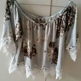 Super cute offshoulder lace shirt