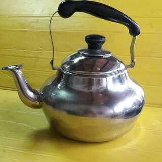 不銹鋼茶壺(中型茶壺)