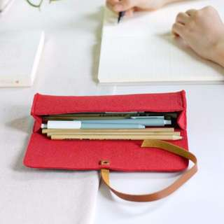 (1 LEFT!) (FREE POSTAGE) Roll-Up Pencil Case
