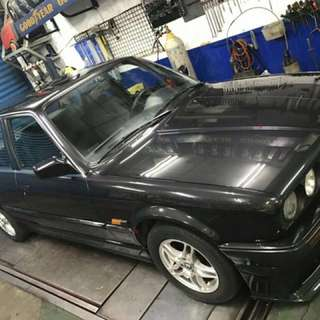 BMW. E30. 318原廠冷氣、原廠手排