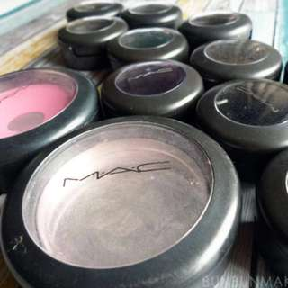 Looking for an empty MAC blush container.