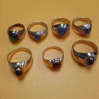 Vintage 9K Suasa Precious Stone Gold Ring