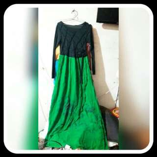 Gamis hitam hijau