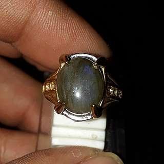 Batu Labradorite Biru ( Blue Labradotrite )( Lady ring )Self collection at hougang ave 8 or Punggol Drive under my blk. Mailling @ $5