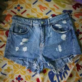 H&M shorts preloved, repriced