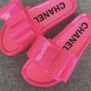 Chanel slides!!