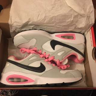 Brand New Nike Air Max <reduced>