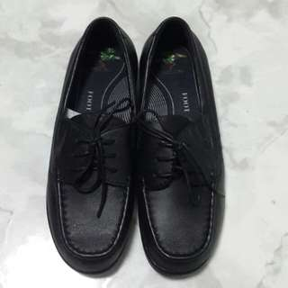 Foottree Black Leather Shoes