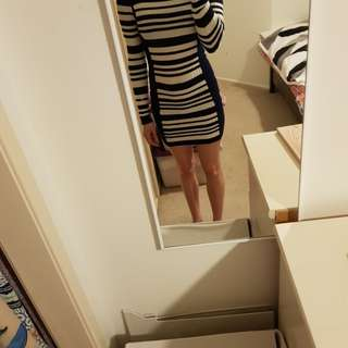 Cute knitted dress. Size 8