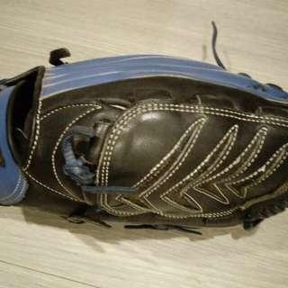 🚚 SSK棒球手套 投手手套