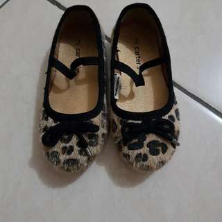 Sepatu anak perempuan carters