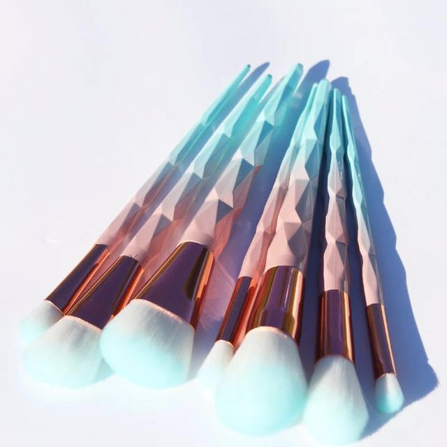 7 Piece Pastel Diamond Makeup Brush Set