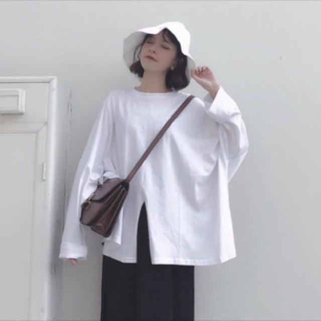 白色寬鬆上衣