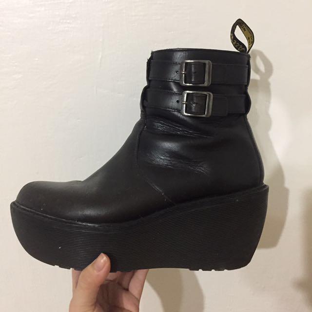 馬订限量厚底鞋