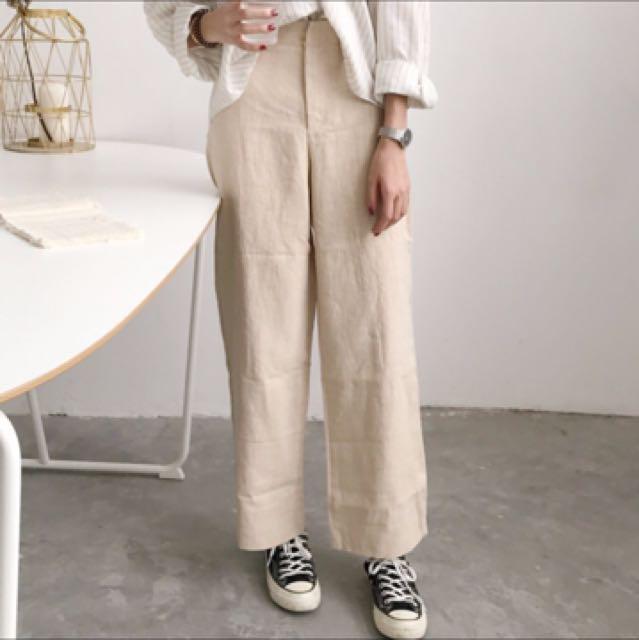 條紋襯衫+杏色寬褲 一套