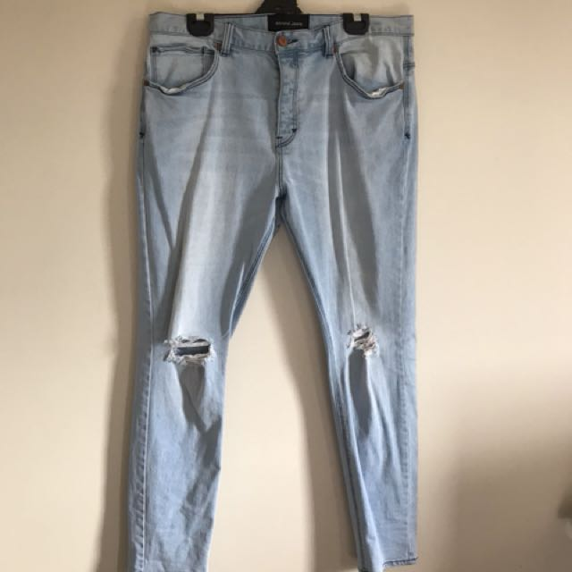 ABrand Ripped Jeans (34 Skinny fit)