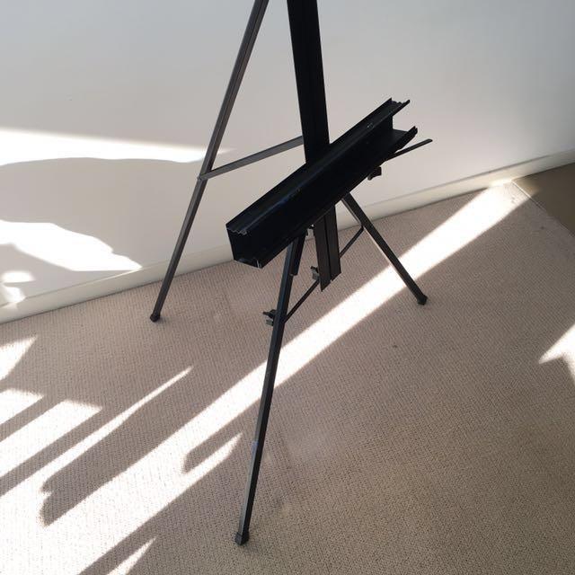 Artist easel foldable metal tripod