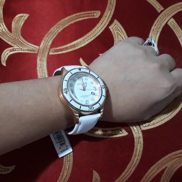 Authentic Nautica Dress Watch (Unisex)