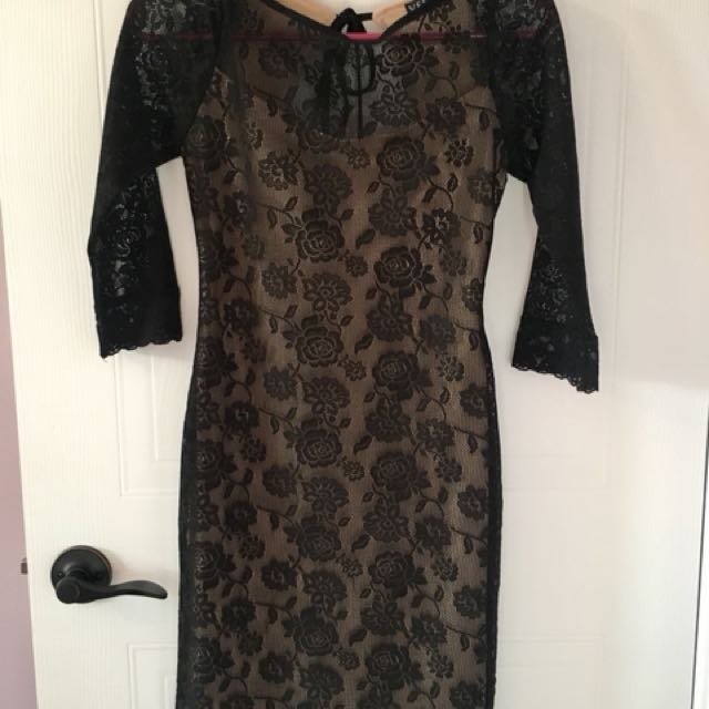 Black lace backless dress - Small