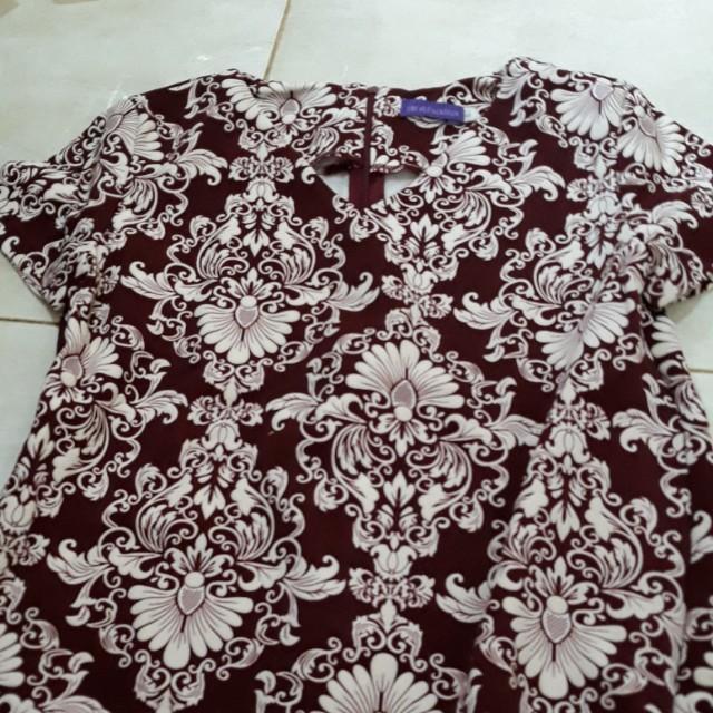 Blouse batik maroon size s merk arithalia
