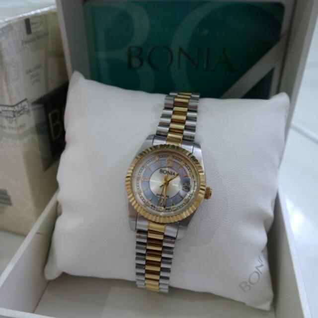 Bonia watch original