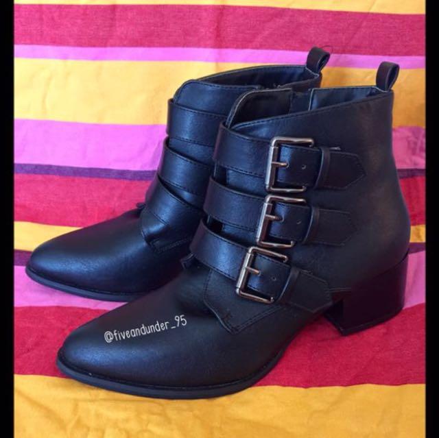 [BRAND NEW] Black Boots