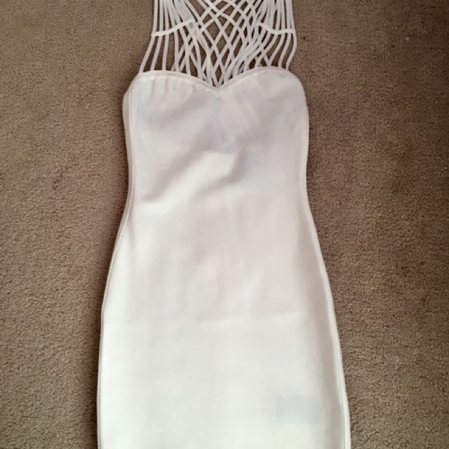 Brand New Marciano white dress - XS