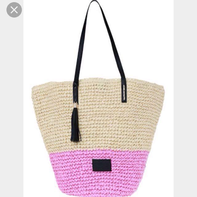 Cozi by Jennifer Hawkins straw/navy beach bag