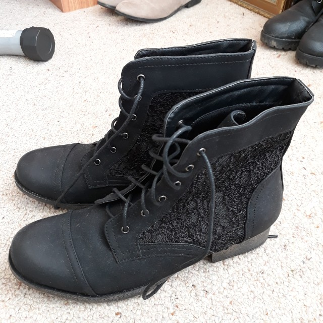 Debut Size 10 flat heel boots (Warehouse)