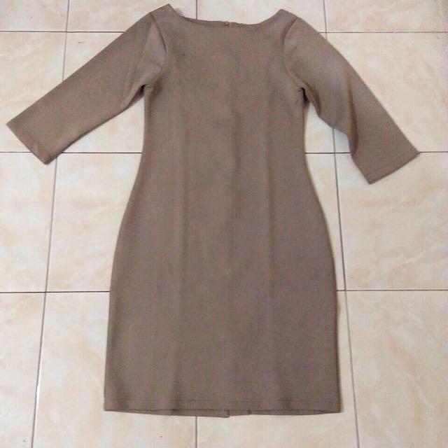 Dress bahan scuba (tebal banget)