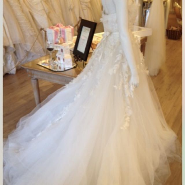 Elie Saab Appliques Wedding Gown Laertes Size 6 Pre Owned Womens Fashion Clothes Dresses Skirts On Carousell
