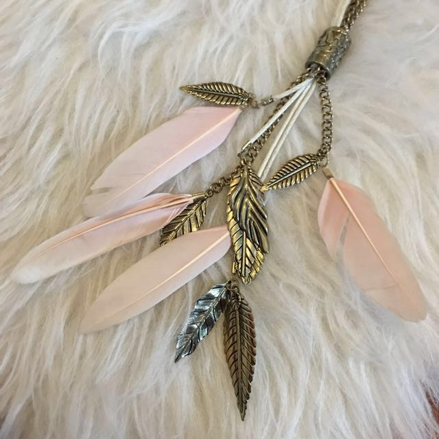 Forever21 Long Pink Feather Necklace