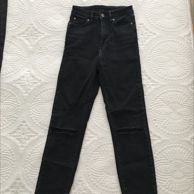 High Waisted Washed Black Rollas Size 24
