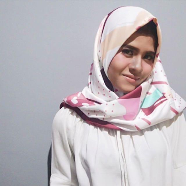 Hijab XitomerLucienne