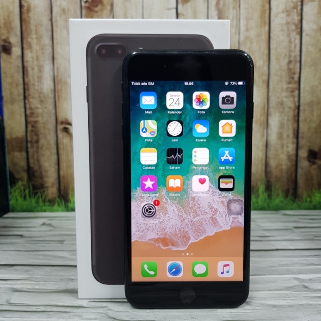 iPhone 7 Plus 128GB Black Matte Super Mulus Fullset masih garansi inter USA ( ITC Cempaka Mas )