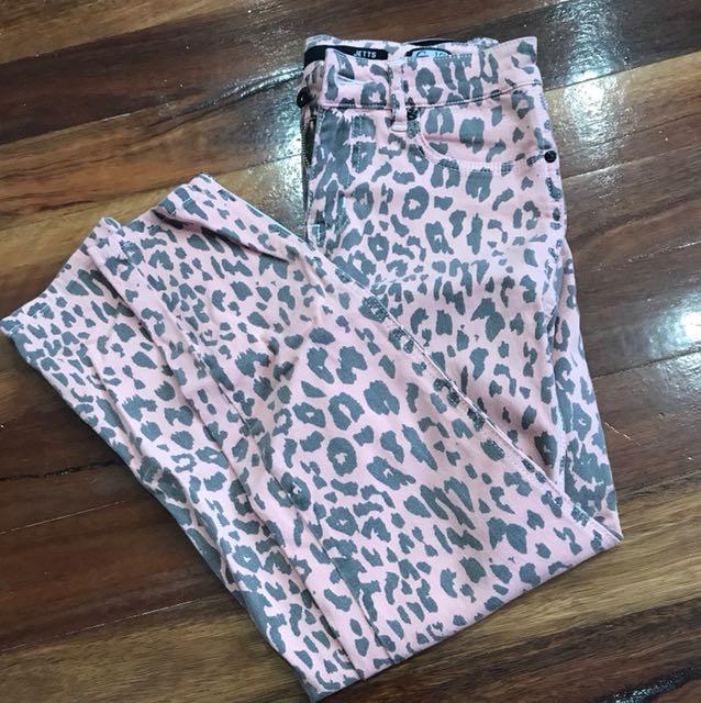 Leopard print lee jeans